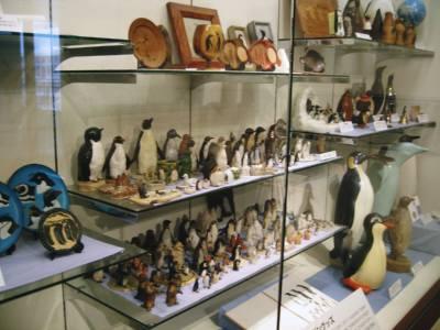 長崎ペンギン水族館の世界のペンギングッズコーナー